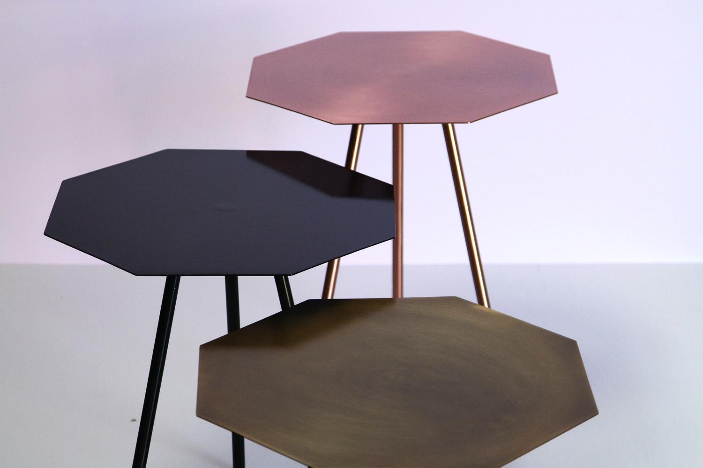 o trouver une petite table hexagonale. Black Bedroom Furniture Sets. Home Design Ideas
