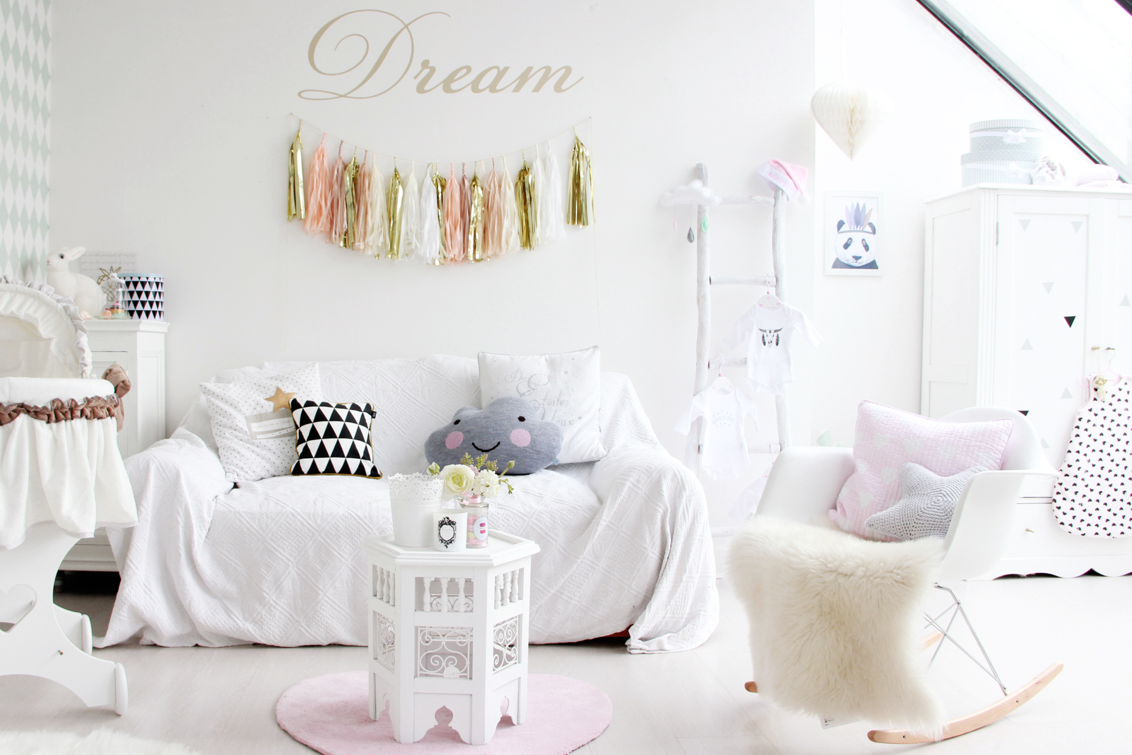 D co chambre fille shabby - Lit enfant cocktail scandinave ...