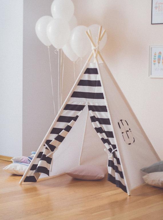 un tipi pour la chambre des enfants wigiwama h ll blogzine. Black Bedroom Furniture Sets. Home Design Ideas