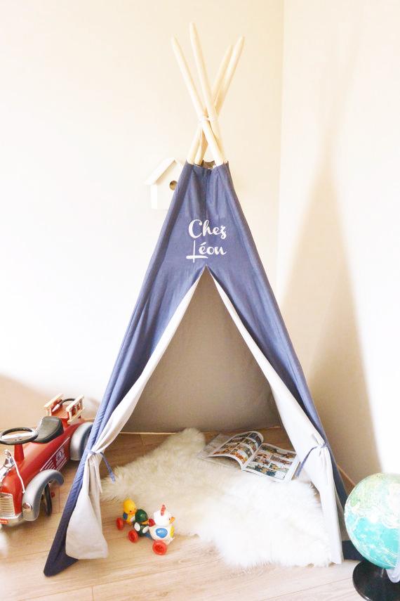 un tipi pour la chambre des enfants happy tipi h ll. Black Bedroom Furniture Sets. Home Design Ideas