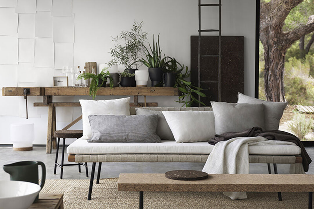l objet du d sir la banquette sinnerlig d 39 ikea h ll. Black Bedroom Furniture Sets. Home Design Ideas