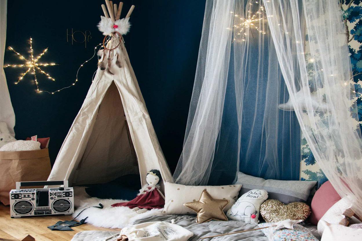 tentes tipis et cabanes pour les enfants. Black Bedroom Furniture Sets. Home Design Ideas