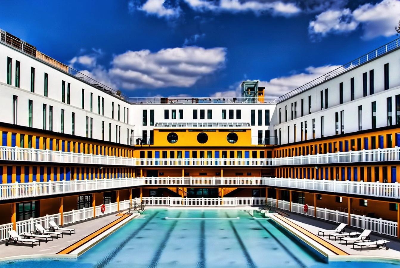 Trois piscines parisiennes o se rafra chir h ll blogzine for Piscine 16eme
